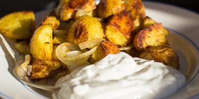 Radieschen-Quark mit Rosmarin-Kartoffeln