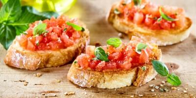 Bruschette mit Tomaten-Joghurt