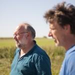 Michael Schneider und Holger Jungclaussen bei der Betriebsbegehung.